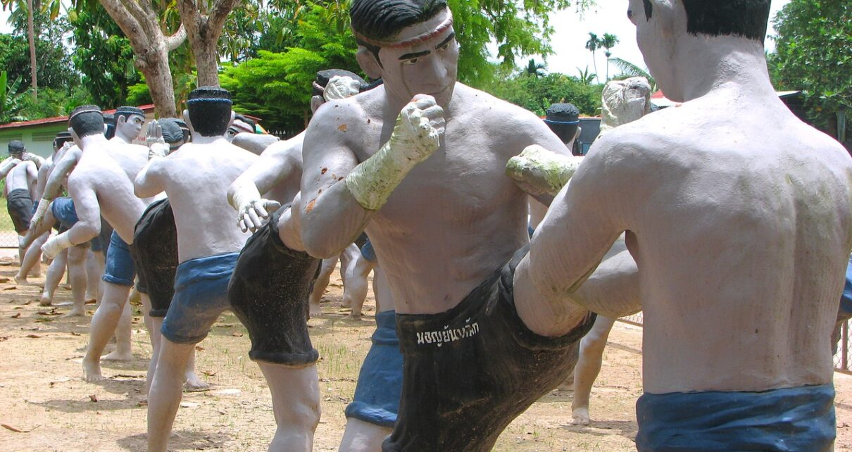 Marketing for Muay Thai camp and fitness in Thailand with the help of internet technology